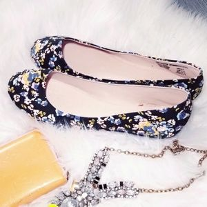 Shoes - Shoes Flat Loafers Floral Blue Black White Rose